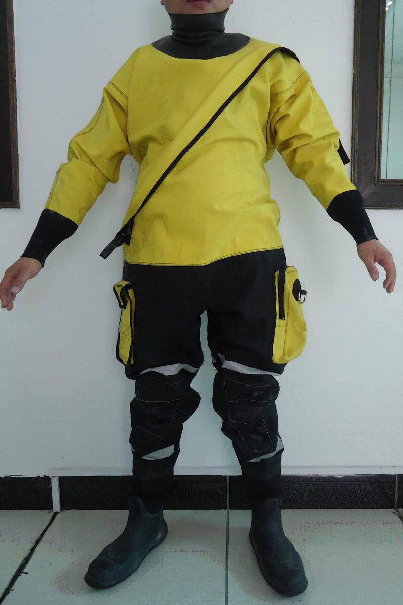 Trilaminate Dry suit